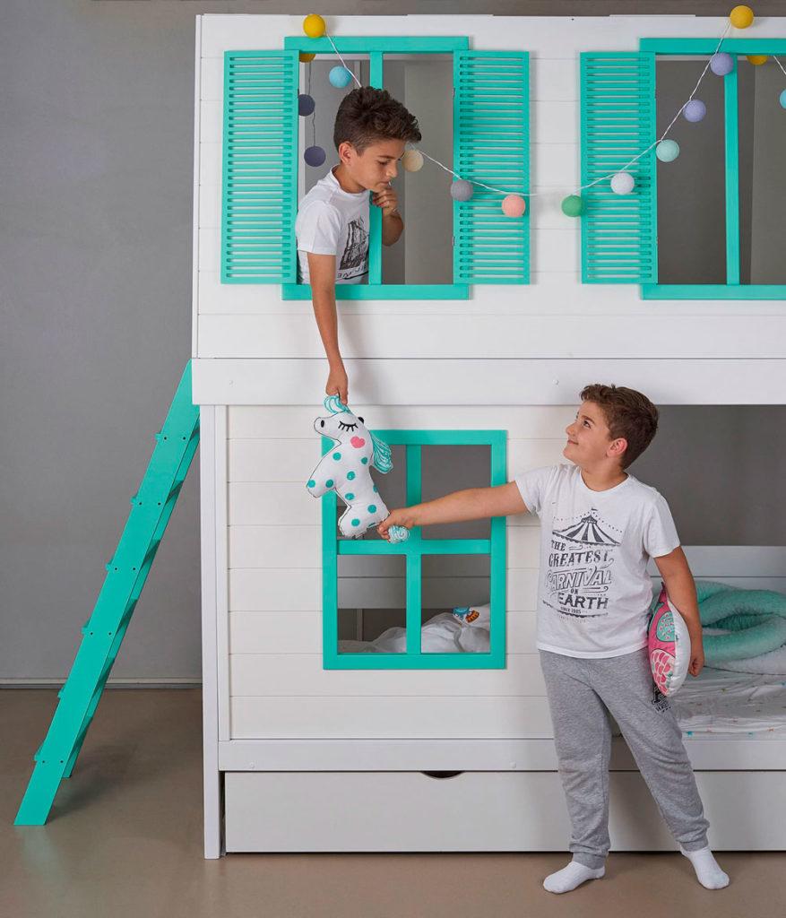 Кровать домик для 2 детей